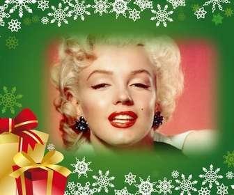 Cartão com fundo verde e presentes de Natal para colocar sua foto no fundo.