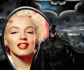 Colagem ilutstrado Batman, o Cavaleiro das Trevas, em silhueta contra Gotham.
