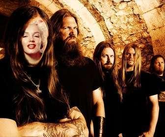 fotomontagem adicionar seu rosto em um cantor heavy metal