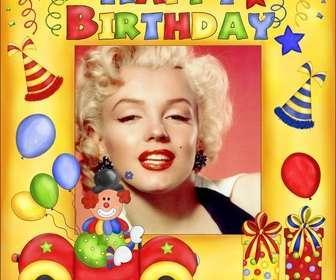 Cartão de aniversário feliz com palhaço e balões.