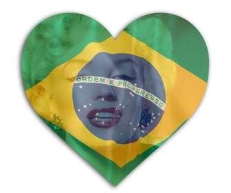 Fotomontagem para colocar a bandeira do Brasil em forma de coração com sua foto no fundo.