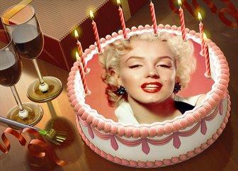 coloque sua foto em um bolo aniversario com montagem on-line