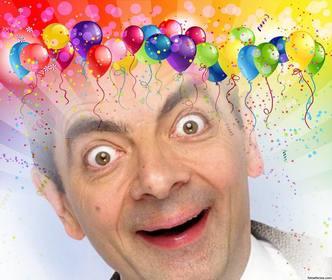 fotomontagem festivo com balões e cores para inserir sua imagem