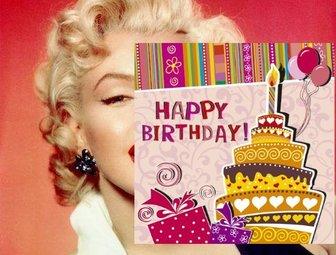 Etiqueta de felicitar um aniversário com a imagem de um bolo em uma festa que você pode incorporar em suas fotos. Com texto Feliz aniversário, um bolo com uma vela de aniversário e ornamentos desenhados.