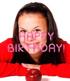 Pnha em sua foto o texto do feliz aniversario feito com balões cor-de-rosa.