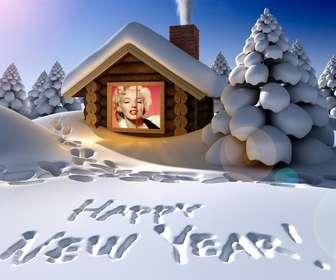 cartão do ano novo original escrito na neve com sua foto uma casa neve