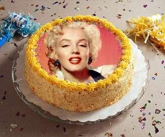 fotomontagem com o partido confetes e um bolo aniversario