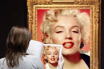 Efeito de foto em que você aparece em uma famosa pintura em um museu.