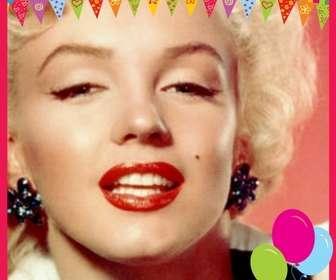 Felicita o aniversário com seus amigos e familiares com este cartão que você pode personalizar as cores com uma fotografia.