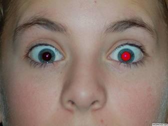 Remova os olhos vermelhos da sua foto on-line.