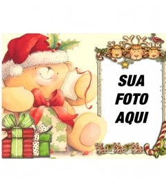 Cartão de Natal para uma moldura no quadro de olhar para fora três renas e um pássaro vermelho