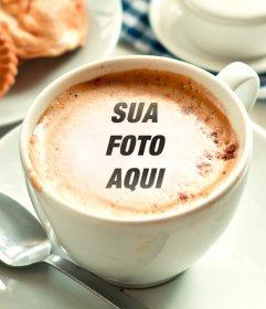 Fotomontagem para colocar sua foto em uma xícara de café de espuma