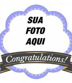 Moldura decorativa com uma fita de felicitar e fazer upload de uma flor em forma Estrutura violeta foto