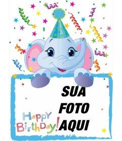 Cartão de aniversário em que irá incluir uma fotografia realizada por um elefante azul. Fundo partidário