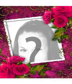 Moldura para amantes com enfeites de rosas vermelhas para cima e para baixo