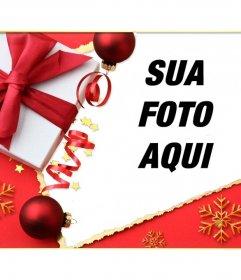 Cartão de Natal com um presente e um laço para colocar sua foto.